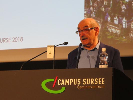 Der Buchautor Uli Lippuner