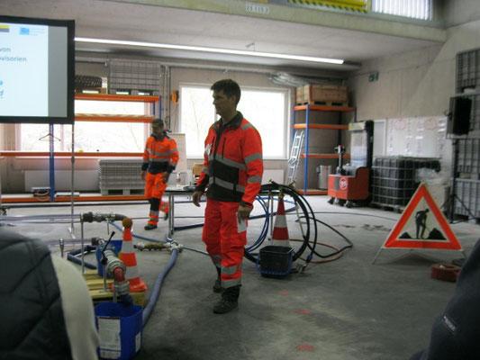 Demonstration Leitungsdesinfektion und Provisorien