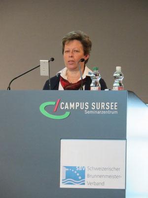 Kursleiterin Franziska Meier