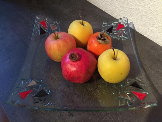 Obst-Schalen