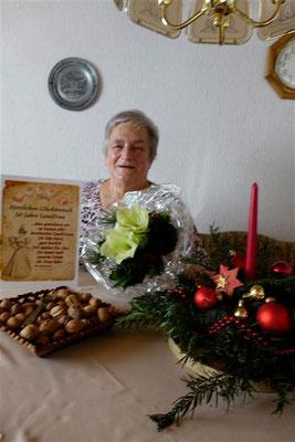 Rosel Ohlemacher Gratulation des Ortsvereins Breithardt