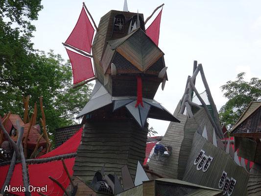 Die Drachenburg für die Kinder.