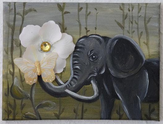 Elefantenblümchen, 24x18 cm Leinwand, Acryl, Schmetterling und Blütenblätter (verschenkt)