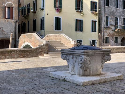 Venezia, Cannaregio, Campo Marziale, Rio del Trapolin