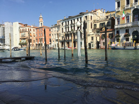 Fondamenta de la Preson, Canal Grande, Venezia - die Flut kommt