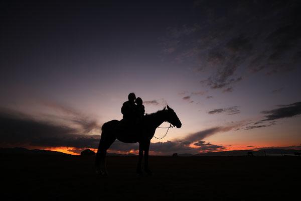 Abendstimmung am Song-Kul-See - Kirgistan