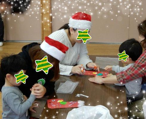 クリスマス会 靴下のオーナメント作りに挑戦