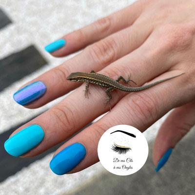 preparation des ongles et pose de vernis semi permanent bleu de vos cils a vos ongles lannemezan institut de beaute