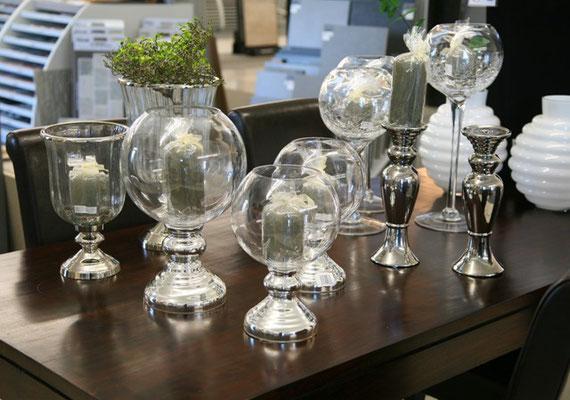 Accessoires / Vasen und Kerzenständer aus Glas erhältlich bei Firma Fliesen Böser Forst