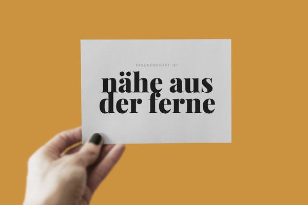 """Corona Botschaft Freundin Postkarte """"Freundschaft ist Nähe aus der Ferne"""""""