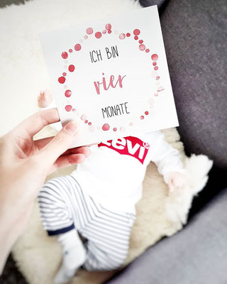 Baby Meilensteinkarte 4 Monate