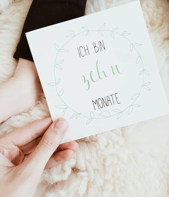 Baby Meilensteinkarte 10 Monate