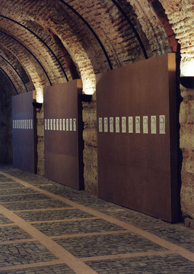 'Atlantis 2000' in 'Egofugal' 7th International Istanbul Biennial, 2001
