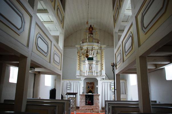 Kirche Hainichen, Altarbereich