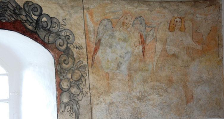 Kirche Hainichen, Reste der barocken Wandmalereien