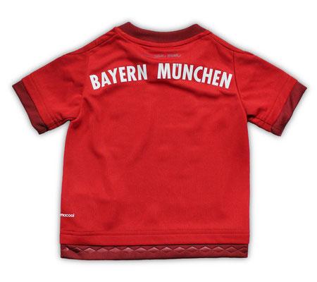 バイエルン・ミュンヘン 2015/16シーズンのホームユニフォーム シャツ 背面