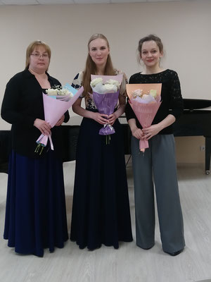 After the concert at Liadov Arts&Music School, with other participants - pianist and composer Elena Astafieva (left) and soprano Svetlana Astakhova (center)