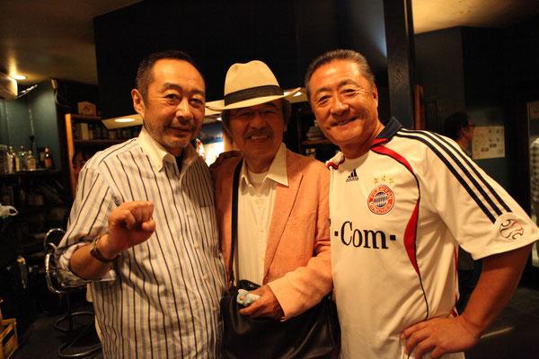 打ち上げにて。斎藤ネコ氏、ペドロ梅村氏、菱沼氏。