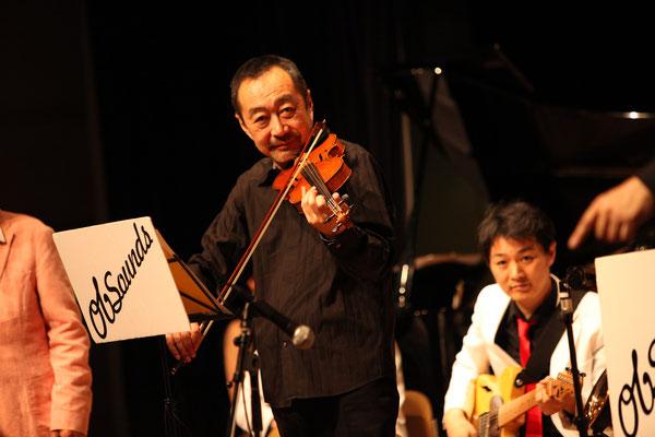 ひさびさの登場!ヴァイオリニストの斎藤ネコさん。