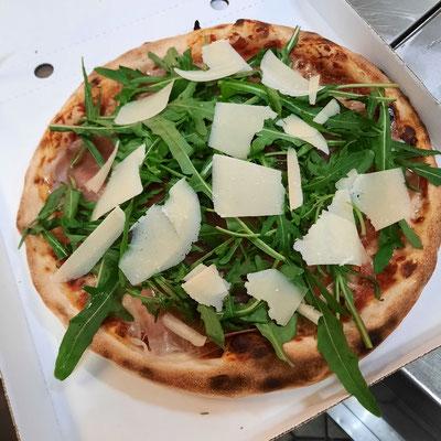 "Pizza ""Parma"""