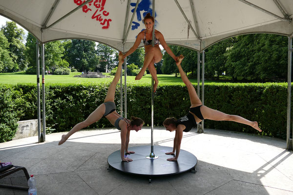 Bow and Arrwo Handstand Pole Triple