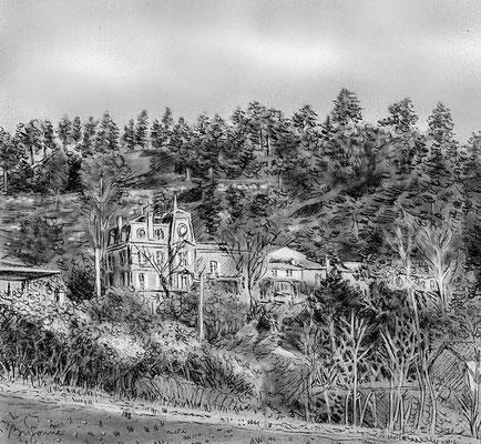 """Le puy de Crouzille et le """"château de Jussat"""", vus de la prairie, à proximité du chemin des Malettes"""