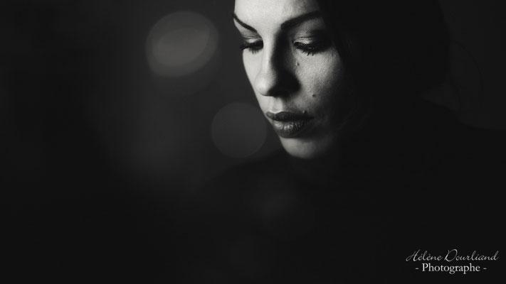 photo portrait original avec une guirlande