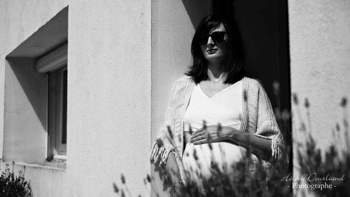 Photographe réalise photo grossesse boudoir dans les Yvelines