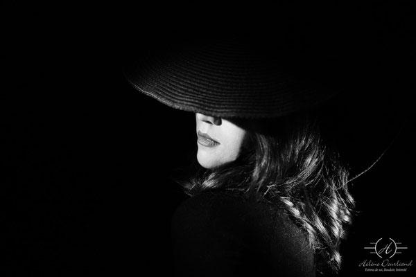 portrait photo en noir et blanc dans mon univers Hollywood studio