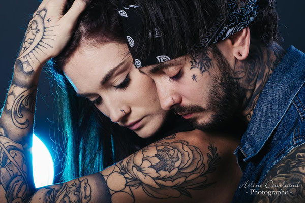 photo de couple tatoué