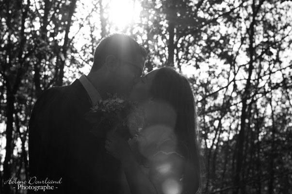 photo de couple en forêt dans les Yvelines à Rambouillet