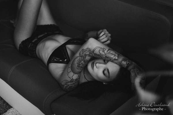 photo boudoir femme tatouage