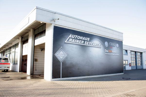 Außenwerbung Autohaus Rainer Seyfarth