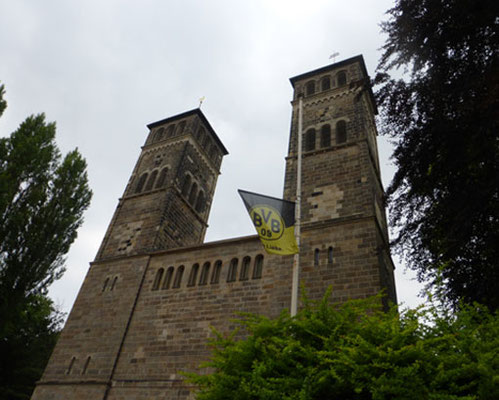 Dreifaltigkeitskirche  Rundfahrt Extratour zur Borussia  Fussball Fieber Dortmund