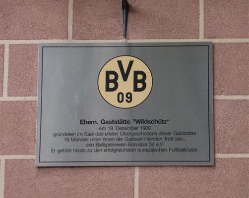 Plakette Gründungsgaststätte des  BVB  09 Wildschütz nahe Borsigplatz  Stadtführung Fussball Fieber Dortmund