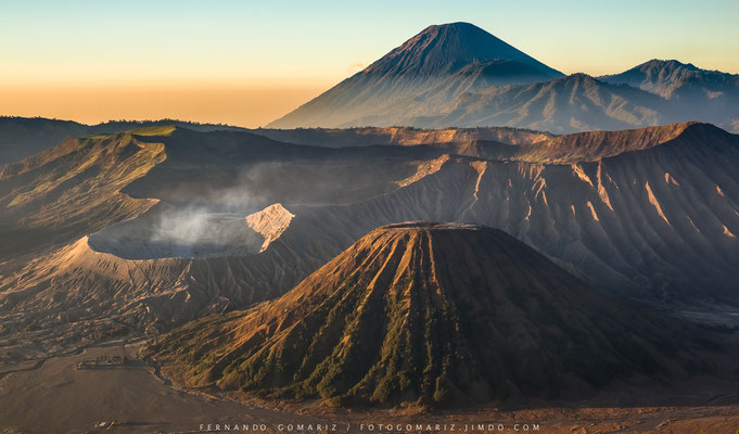 Volcan Bromo /Bromo volcano. Bromo-Tengger- Semeru National Park. Indonesia 2018