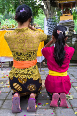 Ceremonia hindú / Hindu ceremony. Pura Tirta Empul. Tampaksiring. Bali. Indonesia 2018