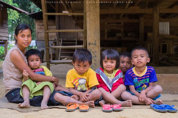 familia toraja / Toraja family. Tana Toraja. Sulawesi. Indonesia 2018