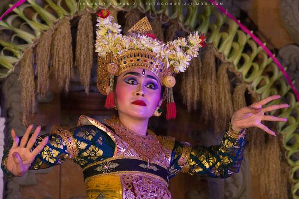 Danza balinese / Balinese dance. Legong Dance and Ramayana. Ubud Palace. Bali. Indonesia 2018