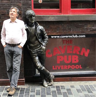 JOHN LENNON Plastik von Arthur Dooley, Liverpool