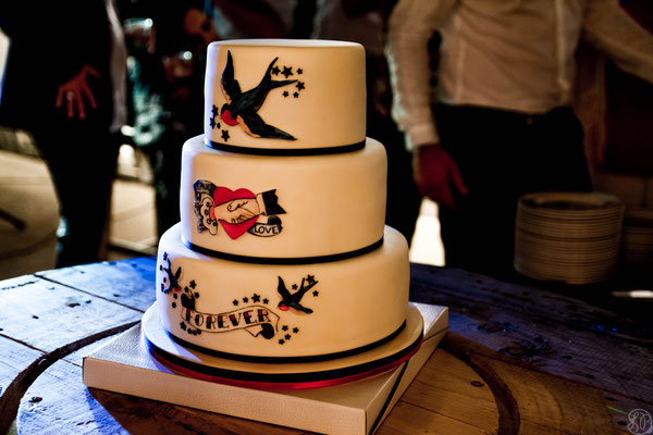 wedding cake rock and roll
