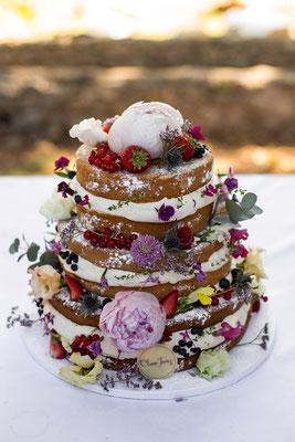 naked cake mariage fruits fleurs Clara Jung