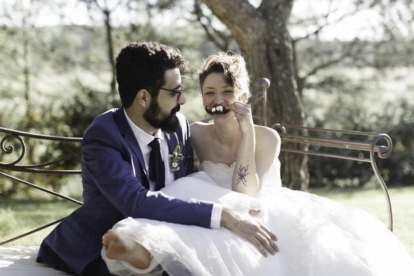 Mariage peigne moustache