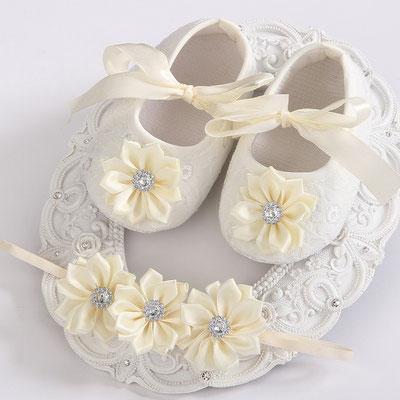 chaussons bébé ivoire baptême mariage