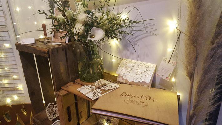 Livre d'or en bois mariage bohème nature chic