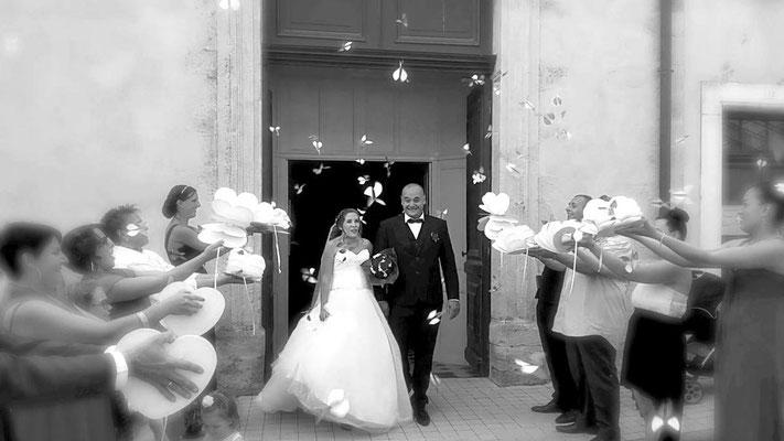 Sortie d'église accessoire mariage