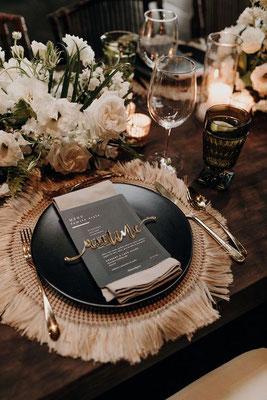 Décoration table boho minimaliste noir