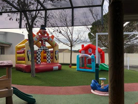 locations structures gonflables anniversaires enfants Languedoc Roussillon