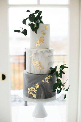 Wedding Cake marbre feuille d'or