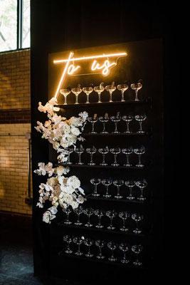 mur champagne mariage noir et blanc